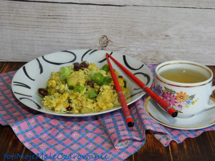 Ryż smażony z warzywami po chińsku