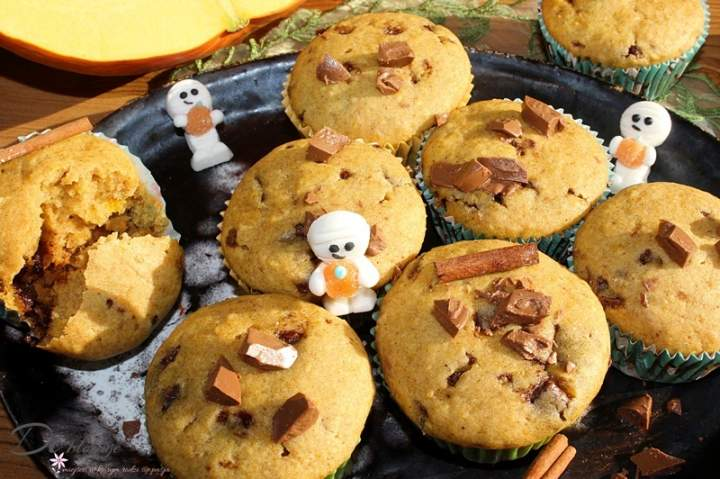 Muffiny dyniowe z czekoladą i cynamonem