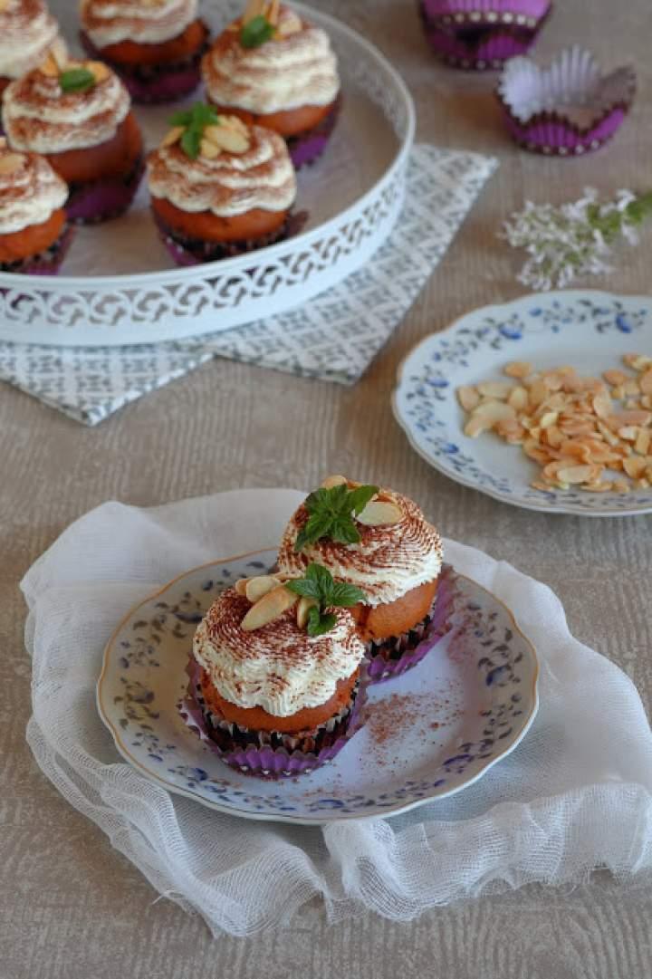 Muffinki marcepanowe
