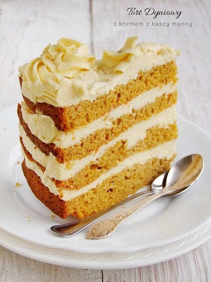 dyniowy tort z kremem z kaszy manny