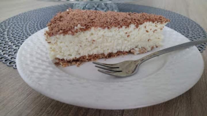 Ciasto Bounty- Sernik kokosowy z mascarpone bez pieczenia