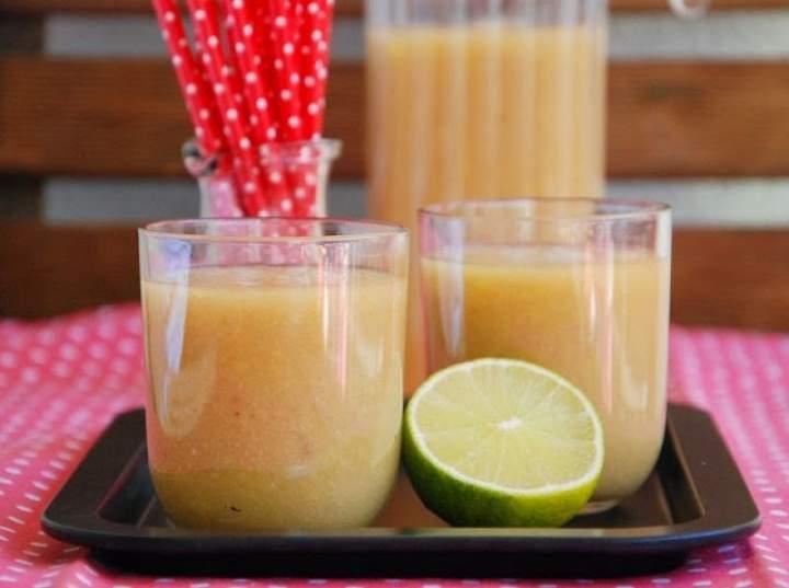 mango + banan + gruszka + sok jabłkowy + limonka