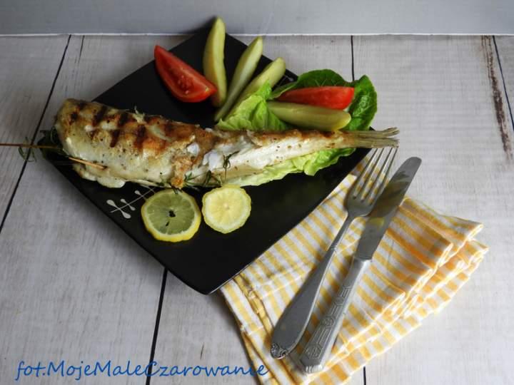 Grillowany sandacz z trawą cytrynową