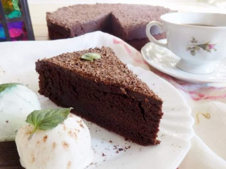 Wilgotne brownie z polewą czekoladową