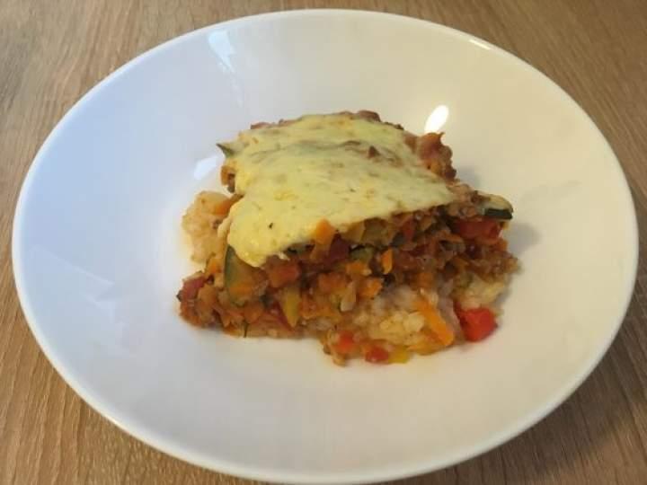 Zapiekanka ryżowa z mięsem i warzywami