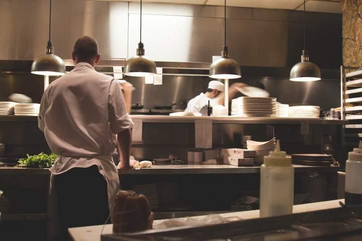 Czy warto założyć własny lokal gastronomiczny?