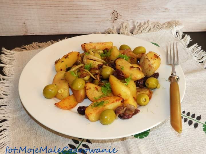 Ziemniaki z oliwkami i filetami anchois