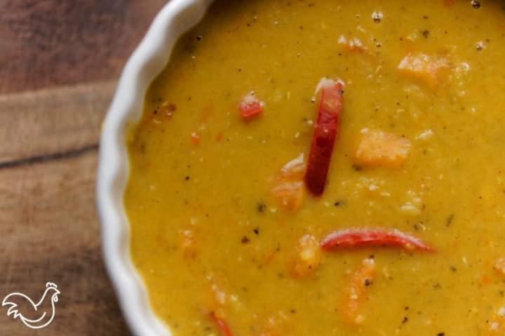 Zupa z soczewicy i batatów
