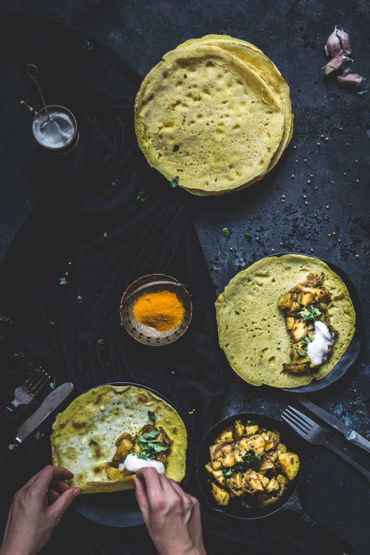 Aromatyczne, indyjskie naleśniki z ziemniakami