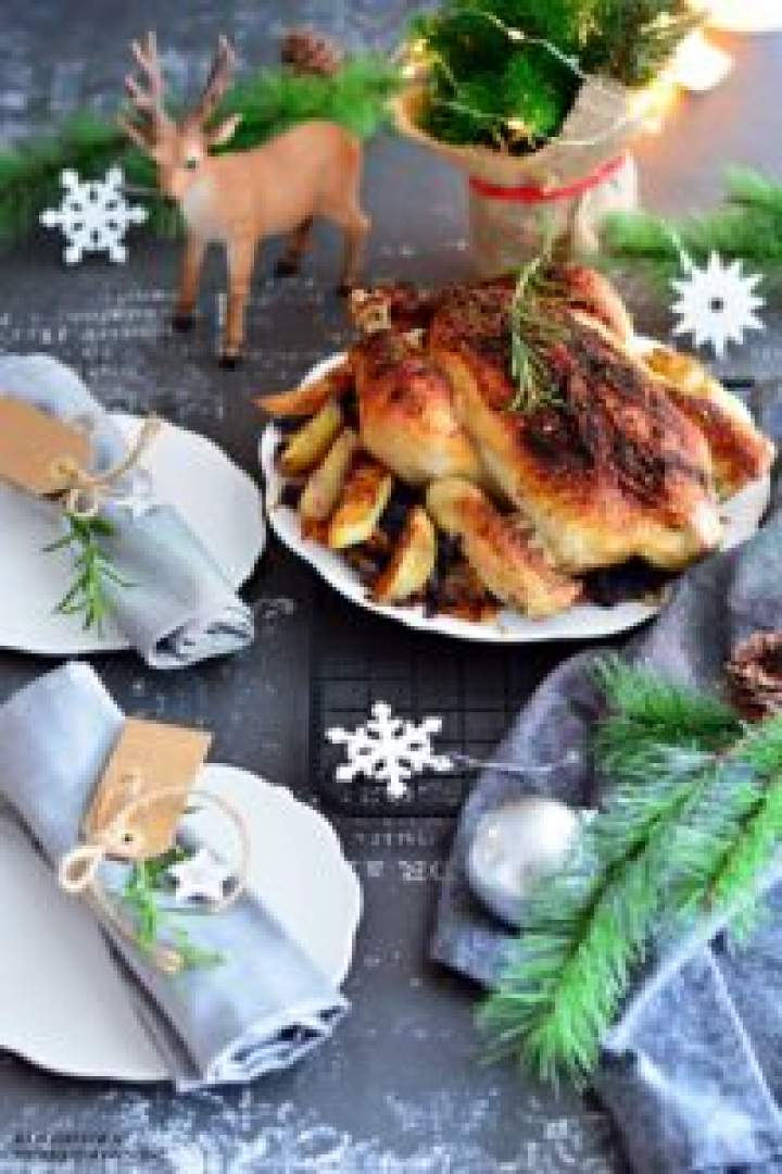 Kurczak zziemniakami naczerwonej kapuście