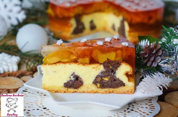 """Ciasto """"serowo – makowa więź"""" z brzoskwiniami"""