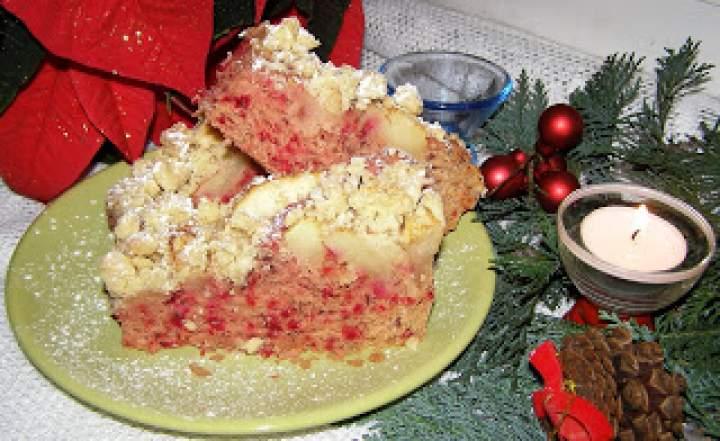 ciasto drożdżowe buraczkowo-fasolowe z szarą renetą, kruszonką…