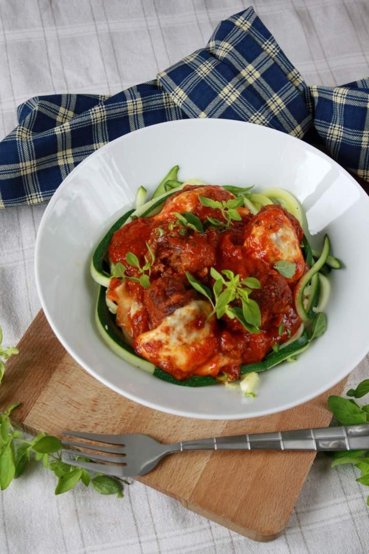 Klopsiki z suszonymi pomidorami