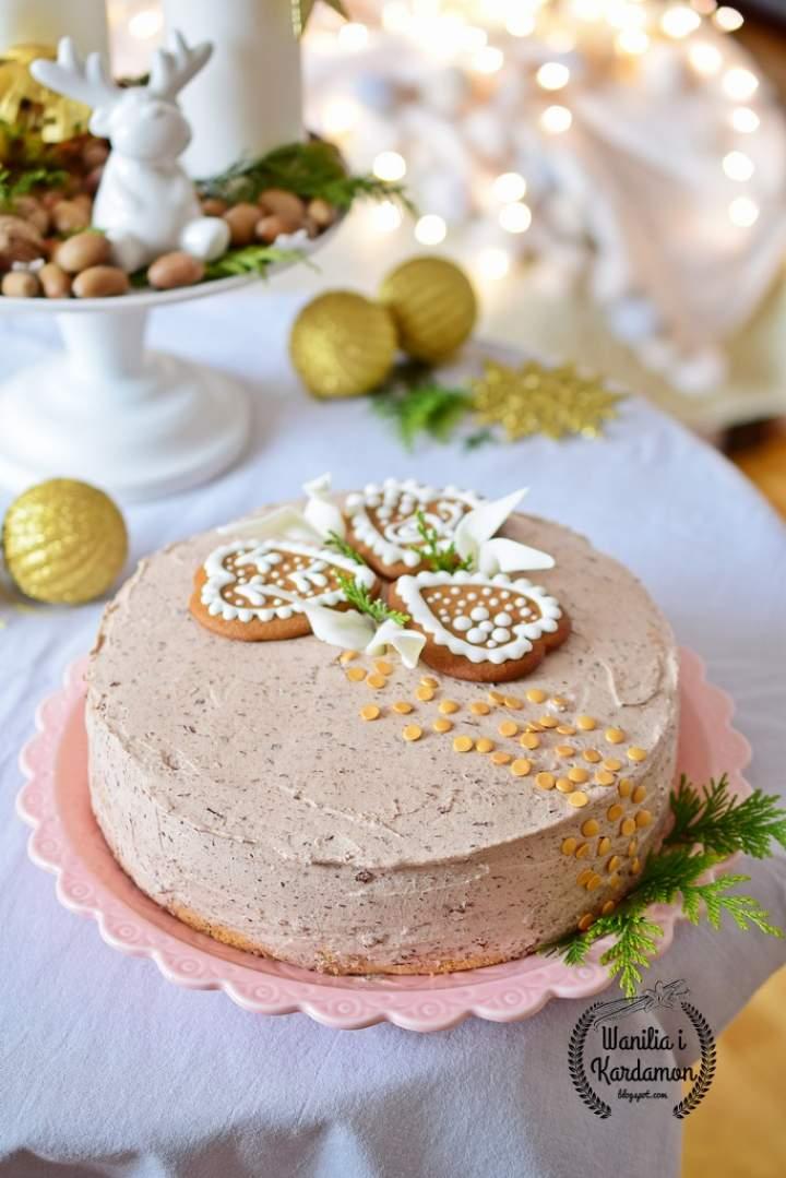 Tort makowy z konfiturą wiśniową i kremem z nutelli