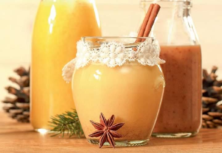 mandarynka + masło orzechowe + mleko ryżowe + cynamon + kardamon