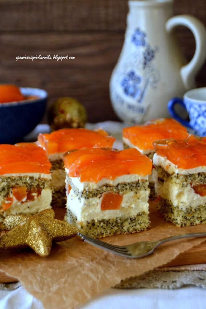 Ciasto makowe z kremem i morelami