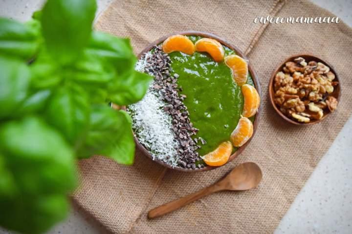 mango + banan + pomarańcza + jarmuż + maca + moringa