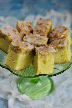 Ciasto kefirowe z rabarbarem