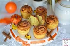 Dyniowe muffinki zakręcone nutą miodu i cynamonu