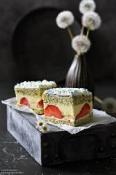 Ciasto makowe ztruskawkami