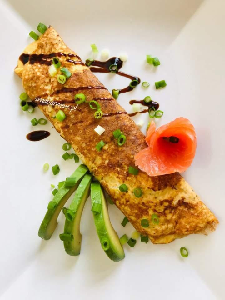 Rolada jajeczna z cukinią i serem
