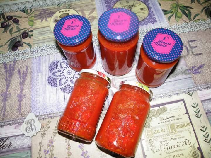 Sos (chutney) pomidorowo-paprykowy w słoiki na zimę