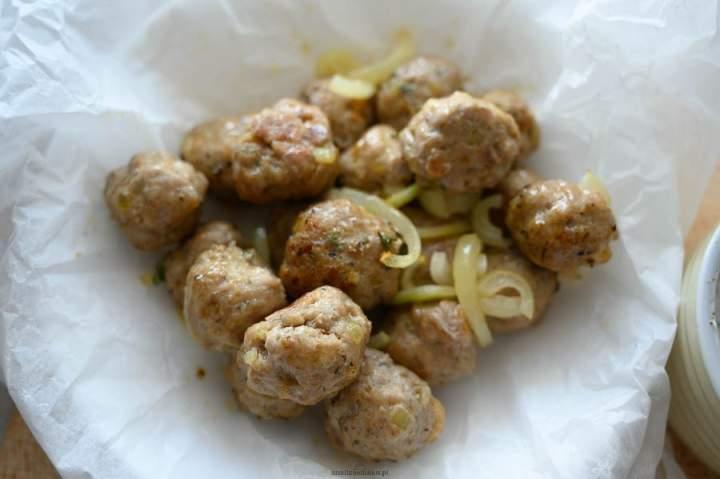 Pieczone pulpeciki z sosem miętowym