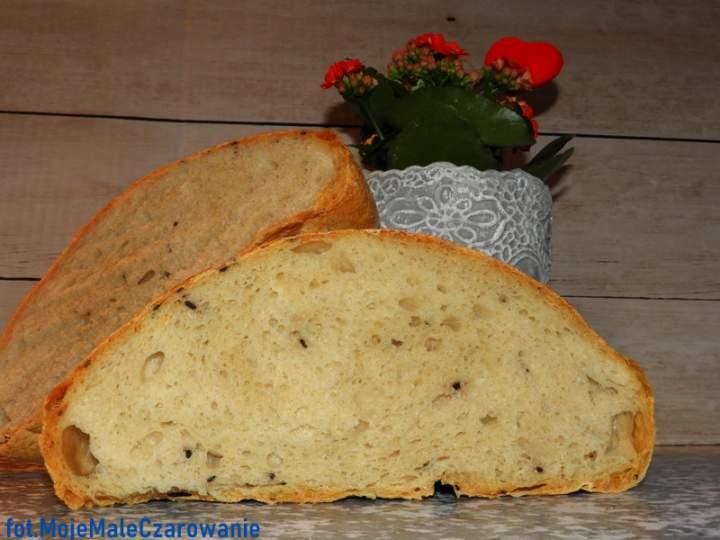 Chleb z sezamem na drożdżowym zaczynie biga