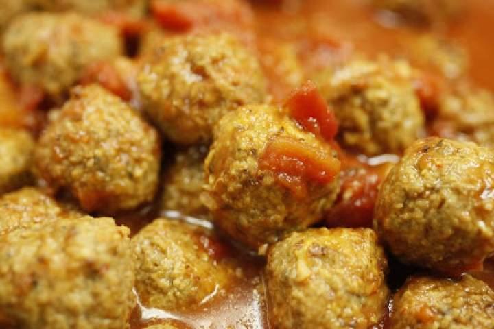 Roladki z piersi indyka z suszonymi pomidorami i mozzarellą