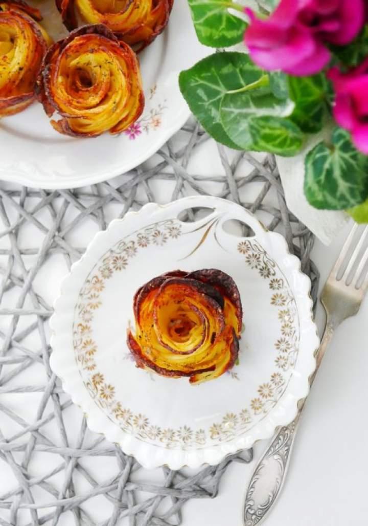 Róże z ziemniaków