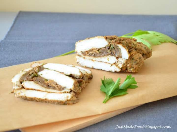 Filety z kurczaka nadziewane borowikami