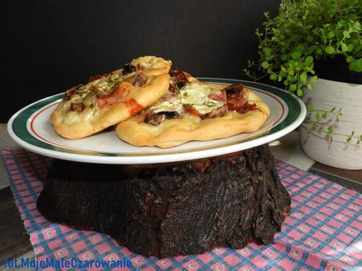 Pizzerinki z burratą