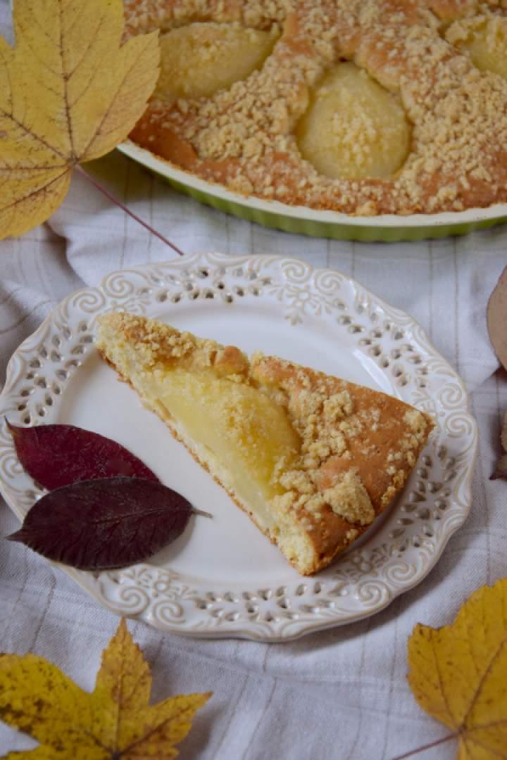 Szybkie ciasto z gruszkami i kruszonką