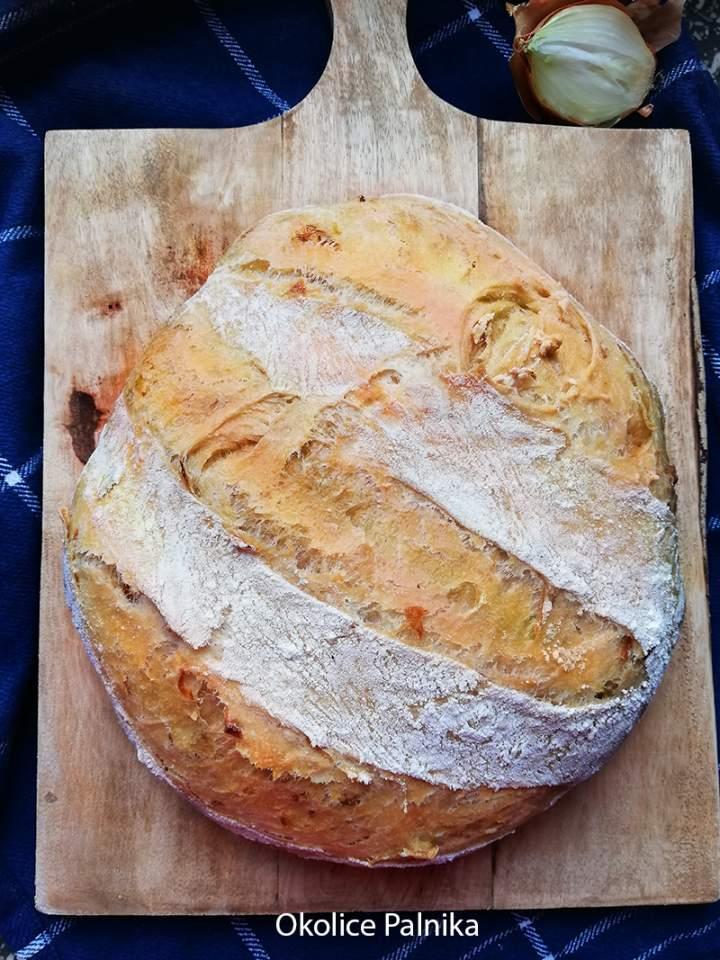 Chleb cebulowy bez wyrabiania