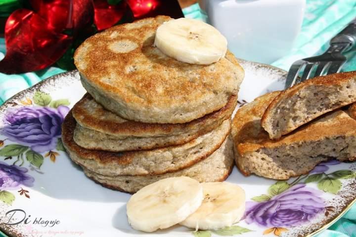 Biszkoptowe placuszki bananowe (tylko 4 składniki, bez cukru)
