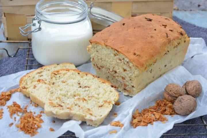 Chleb na kefirze z prażoną cebulką