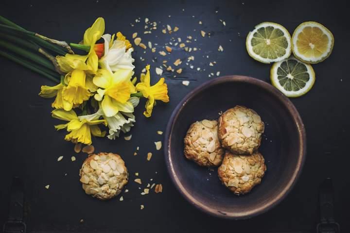 Ciasteczka z suszonymi owocami i bakaliami – idealny pomysł na jesienno-zimowe chłody