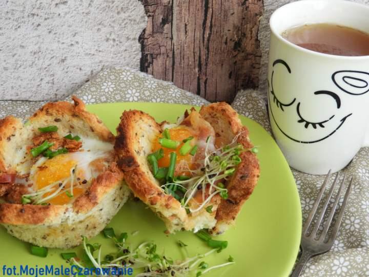 Zapiekane jajka w kokilkach na śniadanie