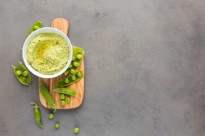Hummus z zielonego groszku