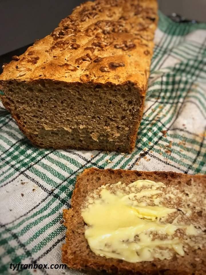Chleb przenno – żytni na zakwasie