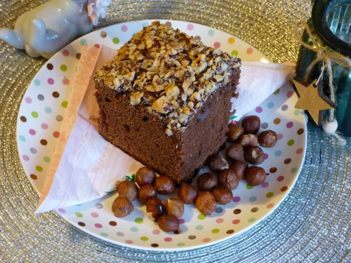 Puszyste brownie z orzechami