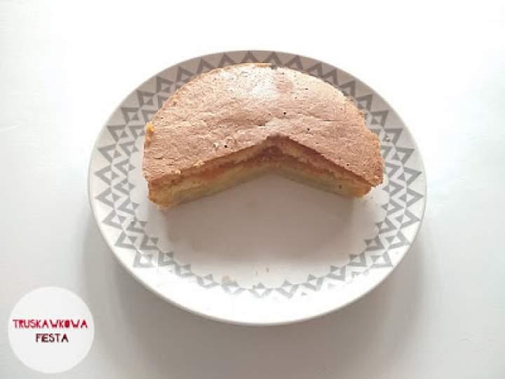 Ciasto ryżowe z dżemem brzoskwiniowym