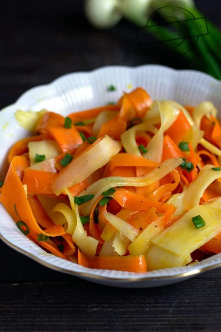 Marchewka z pietruszką – jarzynka do obiadu na ciepło
