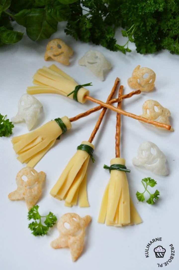 Imprezowe miotełki z paluszków