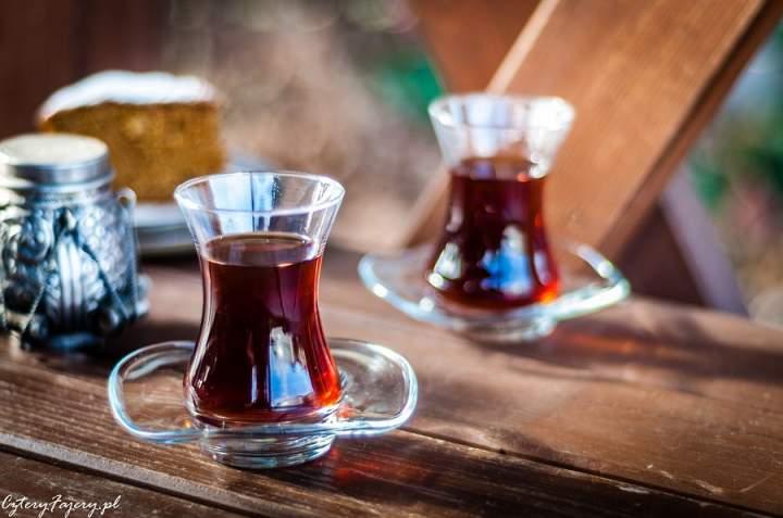Herbata po turecku z kardamonem