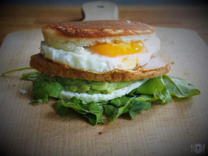 Keto Avocado & Egg McMuffin (Paleo, LowCarb)