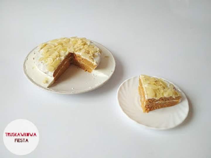 Ciasto marchewkowe z masą jogurtową