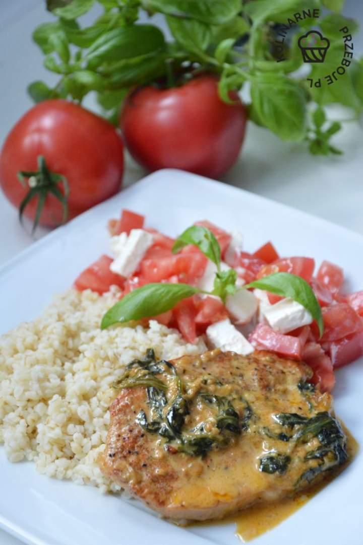 Schab w sosie gorgonzola ze szpinakiem