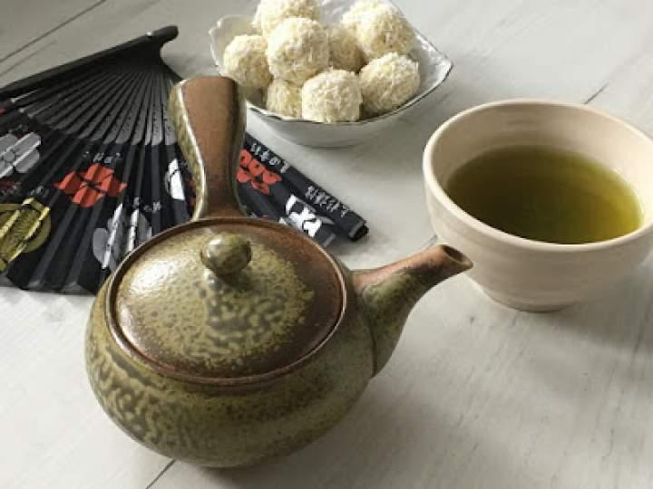 Dlaczego warto pić japońską zieloną herbatę?