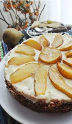 Tort bezglutenowy z gruszkami (paleo, fit, bez cukru)
